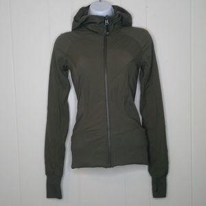 Lululemon in flux jacket sz 2